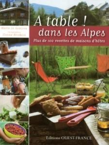"""Livre cuisine """"a table dans les Alpes"""""""